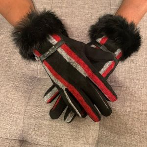 Black and Red Fashion Gloves with a cute Bow